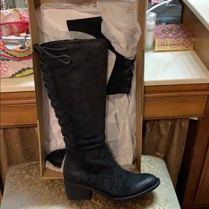 Born Azurite Black Distressed boots